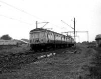 Morning Helensburgh - Bridgeton service slows for the stop at Cardross on 18 September 1972. <br><br>[John McIntyre&nbsp;18/09/1972]
