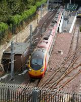 A Pendolino leaves Waverley platform 19 with the 1010 service to London Euston on 18 September 2007.<br><br>[John Furnevel&nbsp;18/09/2007]