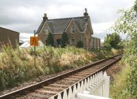 The former station at Nigg on 30 August 2007 looking south from the level crossing.<br><br>[John Furnevel&nbsp;30/08/2007]