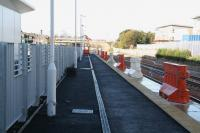 View west along the new platform at Alloa on 17 October 2007 from the buffer stops.<br><br>[John Furnevel&nbsp;17/10/2007]