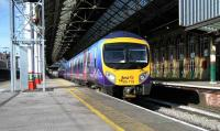 A TransPennine Express Blackpool North - Manchester Airport class 185 service departs from Preston on 6 April.<br><br>[John McIntyre&nbsp;06/04/2007]