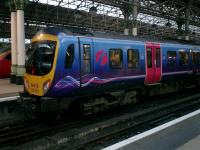 TransPennine 185 151 at Manchester Piccadilly.<br><br>[Alistair MacKenzie&nbsp;03/12/2007]