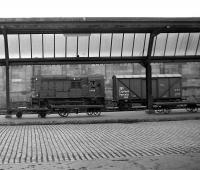 D4156 shunts an <I>Express Parcels</I> van at the north end of Carlisle station on 30 May 1972.<br><br>[John McIntyre&nbsp;30/05/1972]
