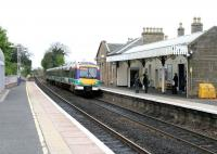 A Glasgow - Edinburgh shuttle service arriving at Linlithgow in May 2005. <br><br>[John Furnevel&nbsp;11/05/2005]