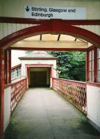 Footbridge leading to the southbound platform at Gleneagles in June 1998.<br><br>[David Panton&nbsp;/06/1998]