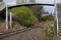 The climb up from the North Queensferry pier/Rosyth branch towards Inverkeithing, seen looking north about 400m from the junction.<br><br>[Bill Roberton&nbsp;04/03/2008]