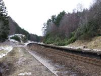 The platform remains at Daviot station on 25 March 2008. Looking north towards Inverness.<br><br>[John Gray&nbsp;25/03/2008]