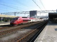 Amsterdam Central - Paris Nord <I>Thalys</I> service speeds through the centre road at Leiden, between Amsterdam and Den Haag on 21 May.<br><br>[Michael Gibb&nbsp;21/05/2008]