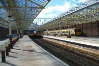 334 and 320 units stand at Helensburgh Central on 31 May 2008.<br><br>[John McIntyre&nbsp;31/05/2008]