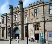 The impressive main entrance to Gilmour Street station, Paisley, on 14 June 2008.<br><br>[Veronica Inglis&nbsp;14/06/2008]