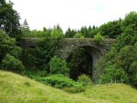 Half a mile west of Killin Junction is this viaduct still in reasonable condition.<br><br>[John Gray&nbsp;23/07/2008]