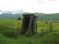 It has seen better days but this fogmans hut still stands next to the remains of Killin Junction west distant signal in July 2008.<br><br>[John Gray&nbsp;23/07/2008]