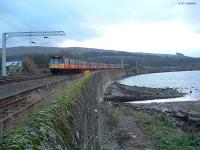 The last Blue Train passes Craigendoran Junction on its final passenger run.<br><br>[Ewan Crawford&nbsp;30/12/2002]