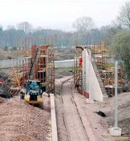 The new bridge at Ferniegair. Chatelherault station in foreground to left. Work continues to complete the bridge.<br><br>[Ewan Crawford&nbsp;03/04/2005]