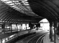 An ECML service destined for Edinburgh runs into Newcastle Central behind a class 47 locomotive in March 1981.<br><br>[John Furnevel&nbsp;14/03/1981]