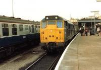 31124 with the 1M67, 1322 service to Birmingham New Street, boarding at Norwich on 29 July 1981.<br><br>[Colin Alexander&nbsp;29/07/1981]
