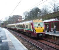 334 012 pulls into Alexandra Parade on 12 January with a service to Dalmuir.<br><br>[David Panton&nbsp;12/01/2008]