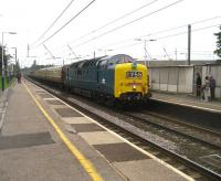 55022 <I>Royal Scots Grey</I> with the <I>Deltic Retro Scot</I> special arriving at Leyland to pick up passengers at 0815 on Saturday 30 August on its way to Edinburgh.<br><br>[John McIntyre&nbsp;30/08/2008]