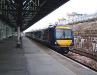 Platform 4 at Dundee station on 31 July 2008 with 170 424 about to depart on a Glasgow Queen Street - Aberdeen service.<br><br>[David Panton&nbsp;31/07/2008]