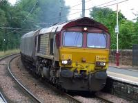66008 passing through Johnstone with a coal service from Hunterston to Longannet<br><br>[Graham Morgan&nbsp;29/08/2008]