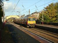 318 270 with the 1611 to Largs at Glengarnock on 15 October 2008.<br><br>[David Panton&nbsp;15/10/2008]