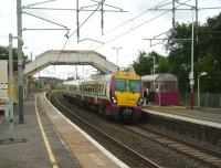 334 028 runs into Carluke on 15 September 2007 with a Lanark - Dalmuir service.<br><br>[David Panton&nbsp;15/09/2007]