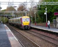 Eastbound 334 017 arriving at Cartsdyke on 1 November 2008 with a service for Glasgow Central.<br><br>[David Panton&nbsp;01/11/2008]