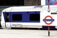 A Chiltern Railways Marylebone - Aylesbury service stands at Harrow-on-the-Hill in July 2005.<br><br>[John Furnevel&nbsp;23/07/2005]