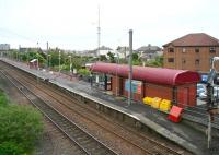 View from the B728 road bridge, over South Beach station, Ardrossan, looking towards Saltcoats in May 2007.<br><br>[John Furnevel&nbsp;17/05/2007]