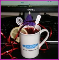 It can be quite difficult staying motivated while having to work on the website on Christmas Day. To be honest, the only thing that really keeps me going is the odd cuppa that Ewan occasionally brings in.... MERRY CHRISTMAS from all at Railscot - and a Happy 2009!<br><br>[John Furnevel&nbsp;25/12/2008]