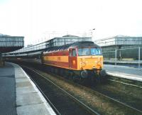 47 786 <I>Roy Castle</I> propels sleeper stock into platform 4 at Aberdeen in October 1998.<br><br>[David Panton&nbsp;/10/1998]