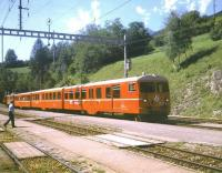 A local service from Davos arrives at Filisur Iin August 1998 formed by an RhB 3 car push-pull set.<br> <br><br>[Fraser Cochrane&nbsp;/08/1998]
