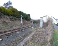 The approach to Inverkeithing South Junction from the Rosyth Dockyard branch on 22 February 2009, clearly once a double track route.<br><br>[David Panton&nbsp;22/02/2009]