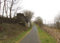 Looking west towards Johnstone past the remains of Elderslie station, some 43 years after closure in 1966.<br><br>[Graham Morgan&nbsp;24/03/2009]