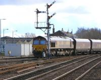 66 167 signalled for the Down Kincardine line at Stirling Middle Junction on 4 March with a coal train for Longannet.<br><br>[David Panton&nbsp;04/03/2009]