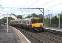 318 259 with an eastbound service at Jordanhill on 02 May 2009<br><br>[David Panton&nbsp;02/05/2009]