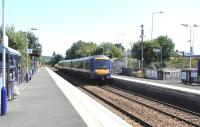 170 402 runs into Rosyth station on a service direct from Dalgety Bay on the other side of the circle during diversions caused by engineering work on 11 July 2009.<br><br>[David Panton&nbsp;11/07/2009]