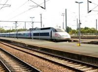 A TGV set repositioning for a later departure from La Rochelle on 9 September 2009.<br><br>[Peter Todd&nbsp;09/09/2009]