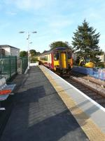 156 436 enters the new platform at Stewarton with the 16.22 to Kilmaurs on 17 September 2009.<br><br>[Ken Browne&nbsp;17/09/2009]
