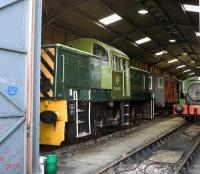 D9521 borrowed from the Dean Forest for a diesel gala on the Swindon and Cricklade Railway on 10 October 2009.<br><br>[Peter Todd&nbsp;10/10/2009]