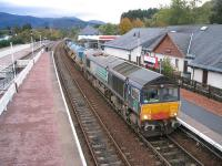 RHT train at Aviemore on 8 October with DRS 66412 at the north end and 66413 on the rear.<br><br>[Bruce McCartney&nbsp;08/10/2009]