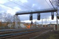 Work taking place at Elderslie on 15th November to upgrade track and extend the loop line. The new gantry incorporating signalling for the revised layout is now operational.<br><br>[Graham Morgan&nbsp;15/11/2009]