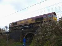 66047 at Elderslie East Junction waiting to proceed with a ballast train to the works site at Elderslie on 15th November where track upgrade and renewal work is taking place.<br><br>[Graham Morgan&nbsp;15/11/2009]