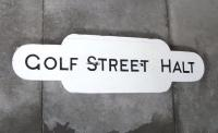 Golf Street (the <i>Halt</i> was dropped in 1983) opened in 1948, so unlike nearby Balmossie [see image 26393] there was no real excuse for not providing proper enamel totems; unless it was just too small to warrant the minimum order? <br> <br><br>[David Panton&nbsp;//]