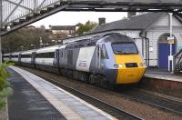 <I>East Coast</I> branded 43306 leads the 0952 Aberdeen - London KX through North Queensferry on 1 December 2009.<br> <br><br>[Bill Roberton&nbsp;01/12/2009]