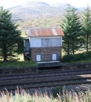 The surviving shell of the signal box on the down platform at Dalnaspidal, still standing on 26 September 2009.<br> <br><br>[John Furnevel&nbsp;26/09/2009]