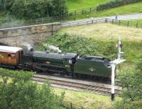 Ex-SR <I>Schools</I> class 4-4-0 no 30926 <I>Repton</I> drifts into Goathland in July 2007 with a train for Whitby. <br><br>[Bruce McCartney&nbsp;09/07/2007]