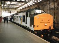 37 428 <I>David Lloyd George</I> awaiting departure at the former Waverley platform 10 in June 1994 with the 1540 to Inverness, dubbed <I>The Highland Enterprise</I><br><br>[David Panton&nbsp;/06/1994]