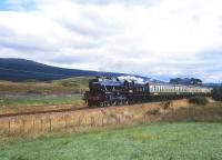 5305 westbound out of Banavie heading for Mallaig on 23 August 1987.<br> <br><br>[Peter Todd&nbsp;23/08/1987]