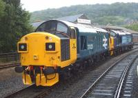 37025+37682 photographed at Keighley in June 2009 <br><br>[Craig McEvoy&nbsp;05/06/2009]